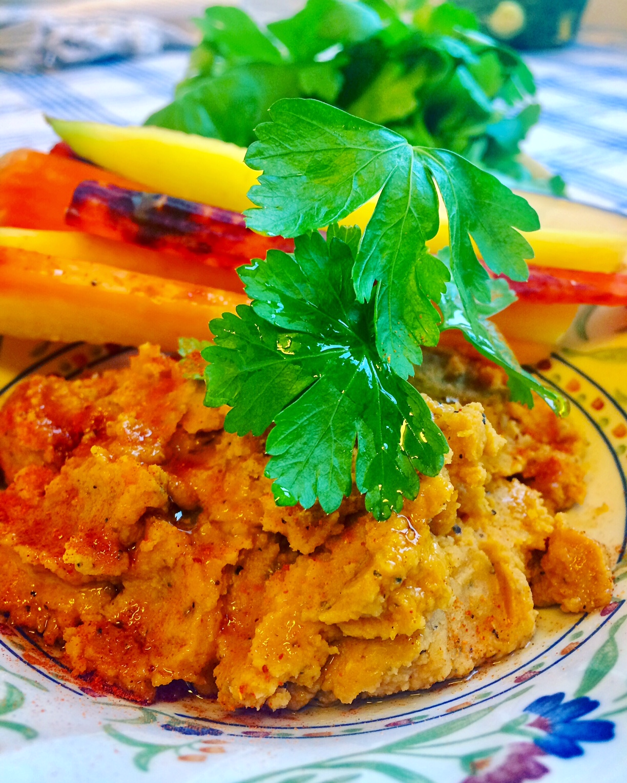 Søtpotet Hummus, Sunt Og Fargerikt Alternativ Til Snacks I Den Kommende Førjulstiden!