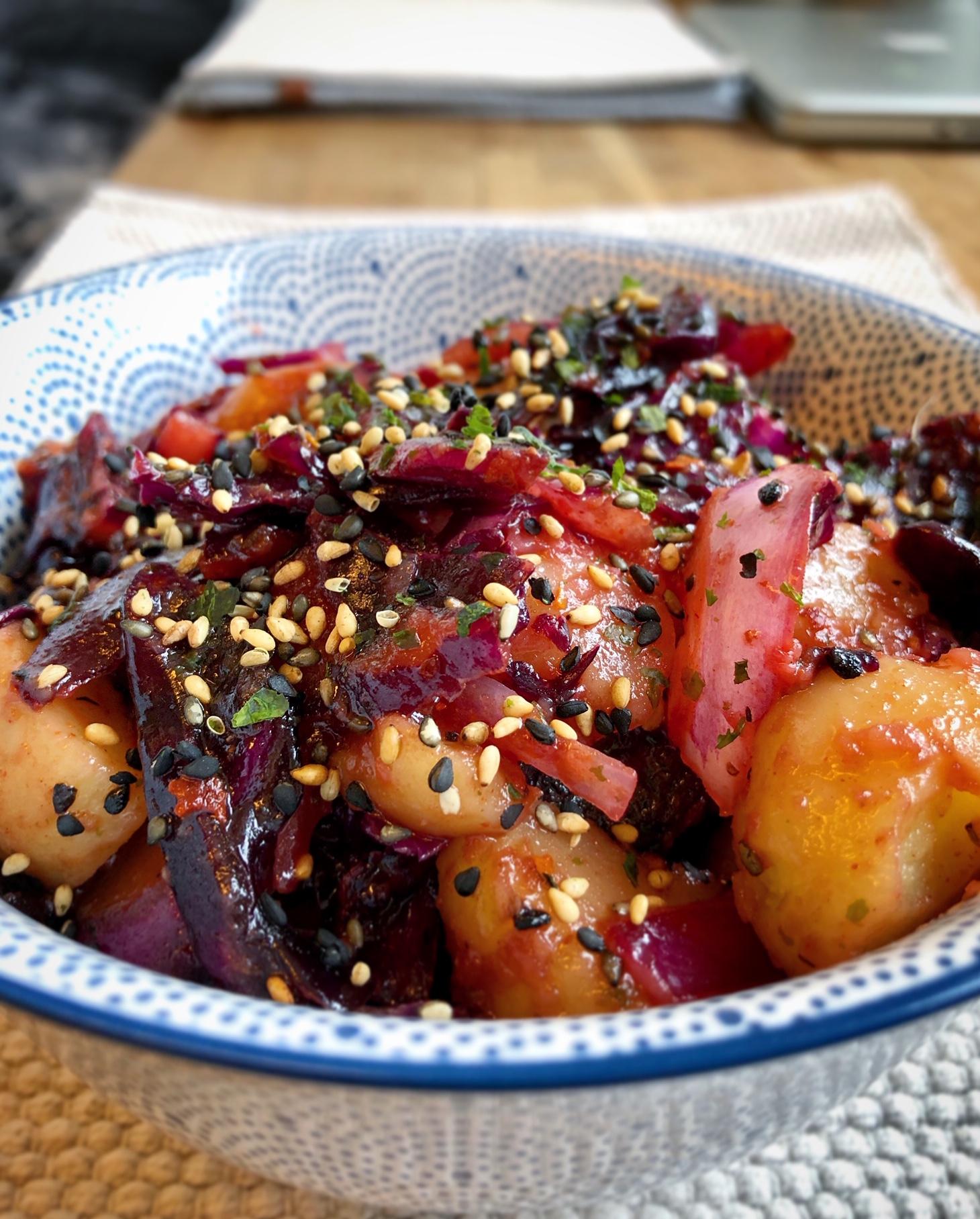 Spicy Rødkål Og Potetsalat Fargerikt Og Godt!