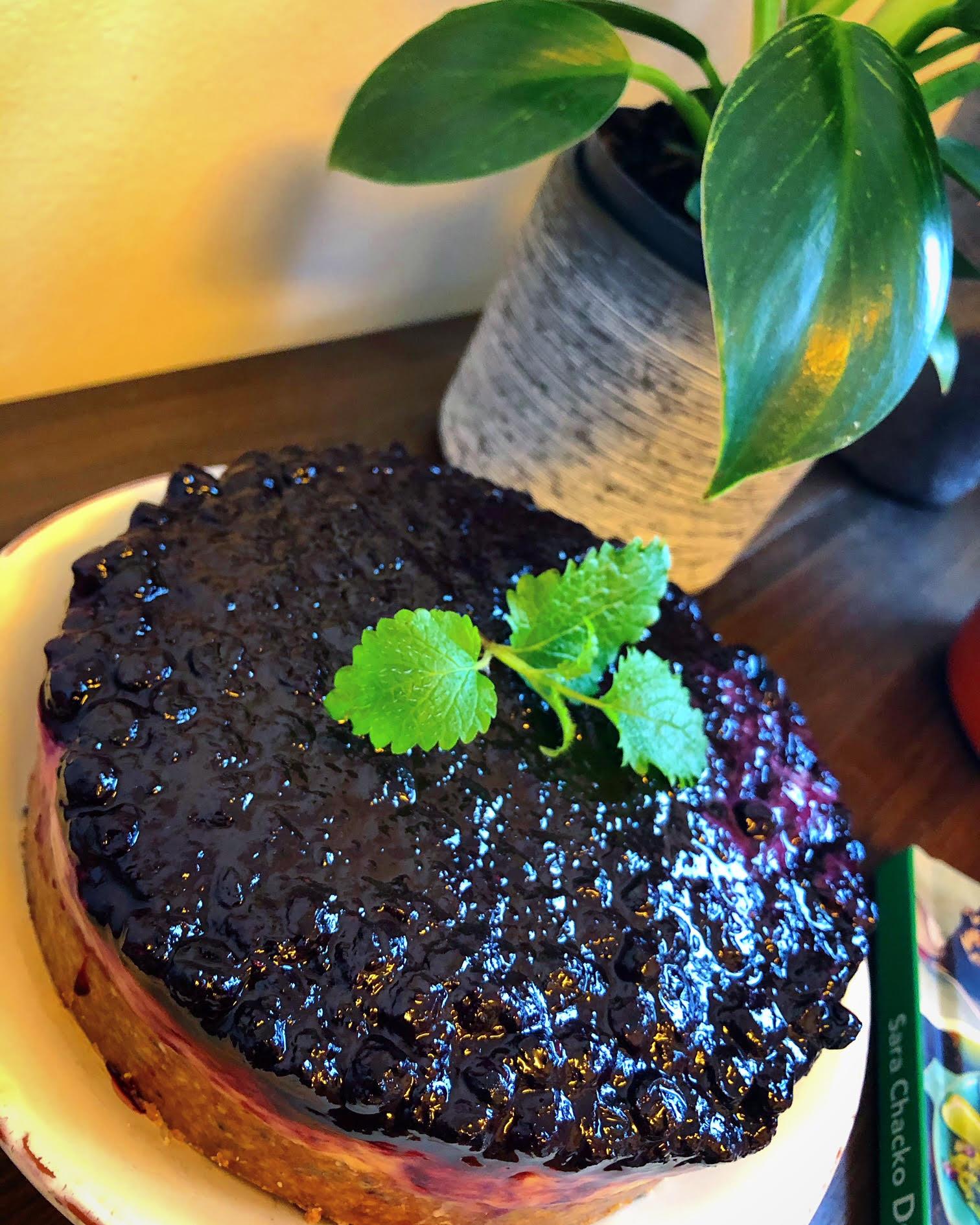 Melkefri, Glutenfri Og Plantebasert Cheesecake Med Blåbær!